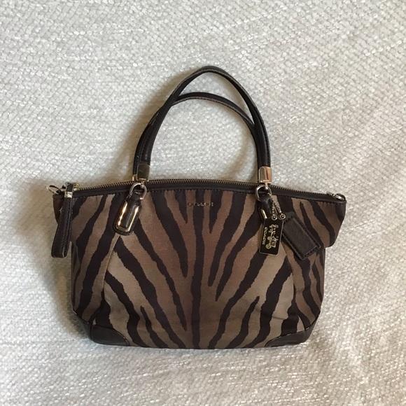 Coach Handbags - 🐿COACH Zebra Print Kelsey Handbag